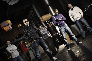 Amo And Band