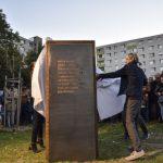 Dežo Ursiny pamätník v Dúbravke